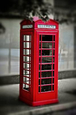 Photograph - English Phone Booth 1 by Jim Albritton