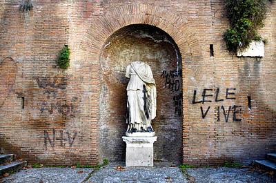Photograph - Entrance Of Villa Aldobrandini by Fabrizio Troiani