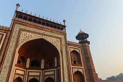 Muslims Of The World Photograph - Entrance To The Taj Mahal by Brandon Bourdages