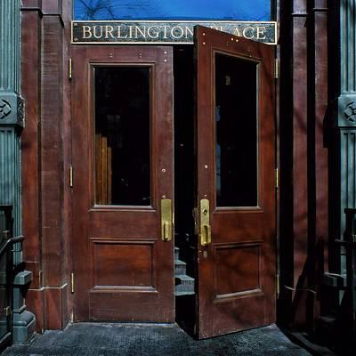 Photograph - Entry - Burlington Place - Omaha by Nikolyn McDonald