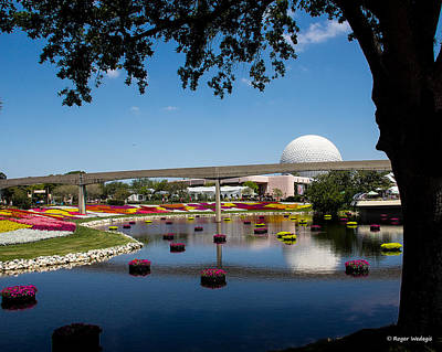 Epcot At Disney World Art Print by Roger Wedegis