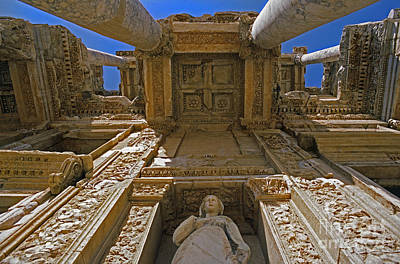 Photograph - Ephesus Library Turkey by Craig Lovell