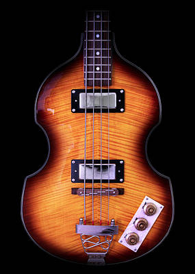 Hofner Photograph - Epiphone Viola Bass Guitar No Border by John Cardamone