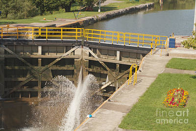 Art Print featuring the photograph Erie Canal Lock by William Norton