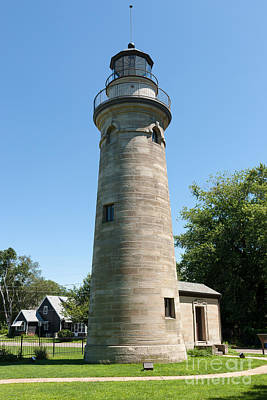 Photograph - Erie Land Lighthouse I by Clarence Holmes