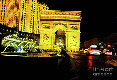 Photograph - Ersatz Arc De Triomphe by David Bearden