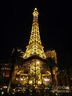 Photograph - Ersatz Eiffel by David Bearden