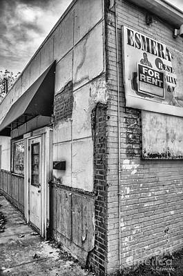 Photograph - Esmeralda's Restaurant by Terry Rowe