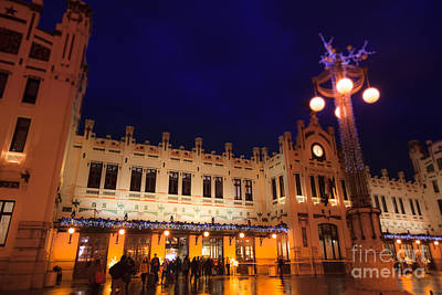 Photograph - Estacio Del Nord Railway Station In Valencia At Night by Peter Noyce