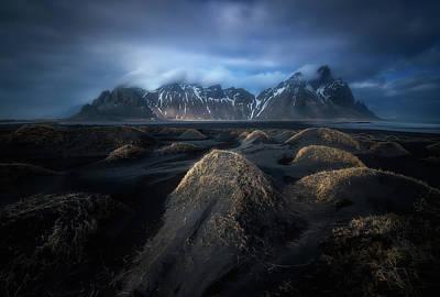 Iceland Wall Art - Photograph - Eternal Mountains by Alfonso Maseda Varela
