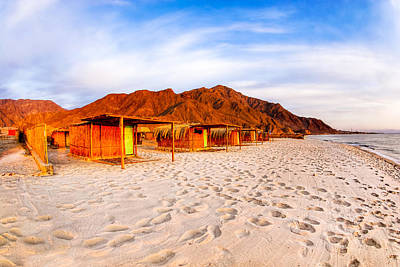Photograph - Ethereal Morning On A Red Sea Beach by Mark E Tisdale