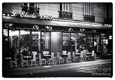 Cafes At Night Photograph - Etoile 1903 by John Rizzuto