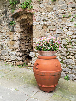 Province Town Photograph - Europe, Italy, Tuscany, Montefollonico by Julie Eggers