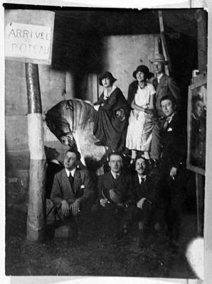 Painter Photograph - European Surrealists by Cci Archives