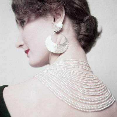Photograph - Evelyn Tripp Wearing A Necklace And Earring by Richard Rutledge
