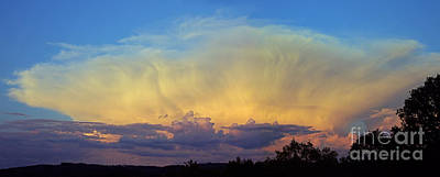 Photograph - Evening Cumulo-nimbus by Rod Jones