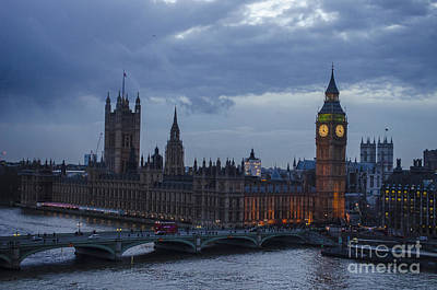 Photograph - Evening Houses Of Parliament London by Deborah Smolinske