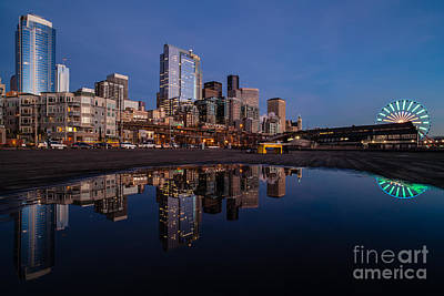 The Wheel Photograph - Evening Light Along The City by Mike Reid