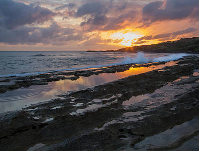 Photograph - Evening Splash by Roger Mullenhour