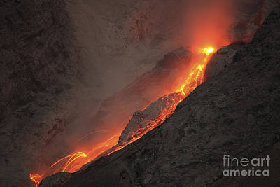Extrusion Of Lava On Glowing Rockfalls Print by Richard Roscoe
