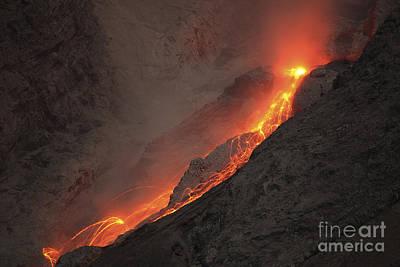 Extrusion Of Lava On Glowing Rockfalls Art Print by Richard Roscoe