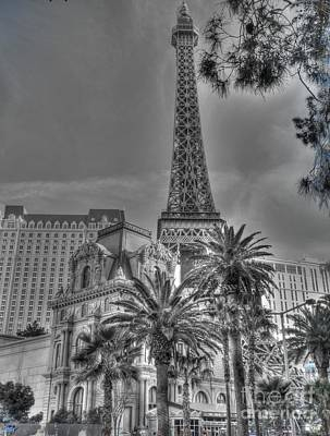 Photograph - Eyeful Tower by David Bearden