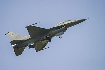 F-16 Photograph - F-16 Falcon by Adam Romanowicz