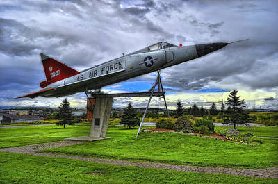 Photograph - F102a Delta Dagger by Steve Hurt