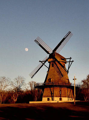 Photograph - Fabyan Windmill by Ely Arsha
