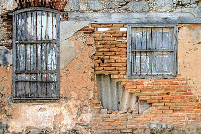 Photograph - Facade Cojimar Cuba by Rob Huntley