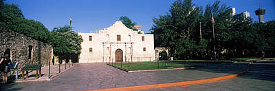 The Alamo Photograph - Facade Of A Building, The Alamo, San by Panoramic Images