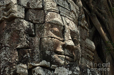 Face At Banyon Ankor Wat Cambodia Art Print by Bob Christopher