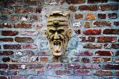 Photograph - Face Fountain In Pirates Courtyard by E Karl Braun