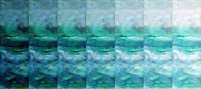 Beach Mixed Media - Fading 1 by Angelina Tamez