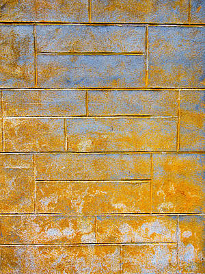Abstract Photograph - Fading To Yellow by Hakon Soreide