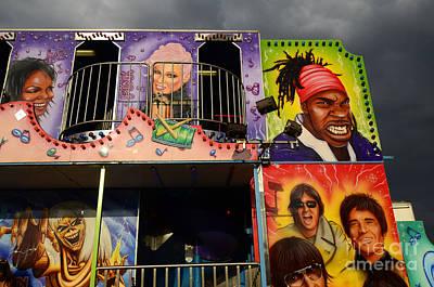 Yoyo Photograph - Fairground Fun Sideshow Color by Bob Christopher