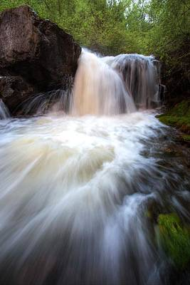 Art Print featuring the photograph Fall And Splash by David Andersen