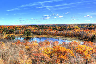 Itasca State Park Photograph - Fall Colors At Itasca State Park by Shawn Everhart
