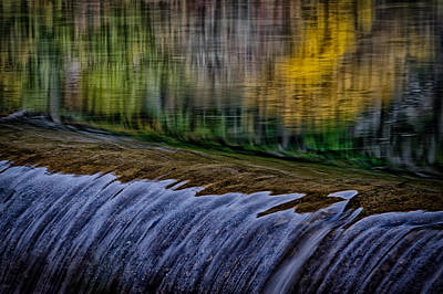 Fall Reflections At Tumwater Spillway Art Print