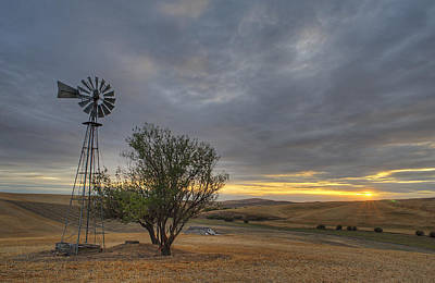 Photograph - Fall Sunset And Windmill  II by Doug Davidson