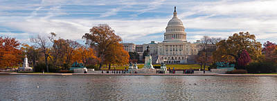 Fall View Of Reflecting Pool Art Print