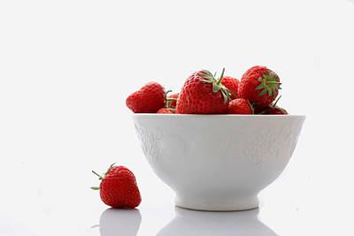 Photograph - Fallen Strawberry by Brendan Quinn