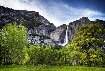 Photograph - Falls Of The Valley by Stuart Deacon