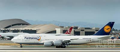 Fanhansa Boeing 747 Airliner Art Print