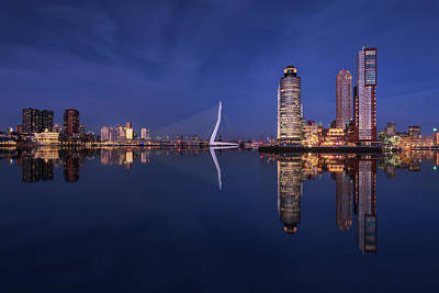 Harbor Bridge Wall Art - Photograph - Fantasy Rotterdam by Juan Pablo De