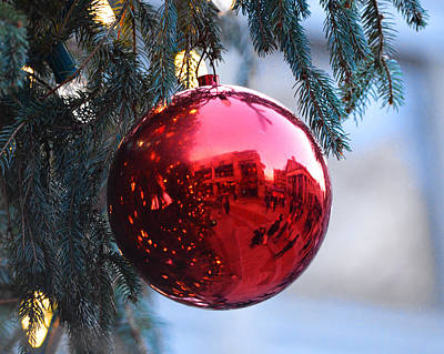 Photograph - Faneuil Hall Christmas Tree Ornament by Toby McGuire