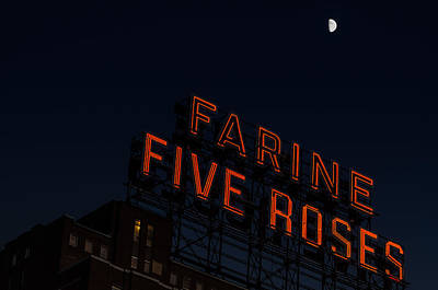 Montreal Icons Photograph - Farine Five Roses Under Moonlight by Martin New