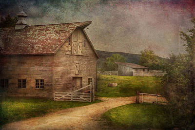 Mikesavad Photograph - Farm - Barn - The Old Gray Barn  by Mike Savad