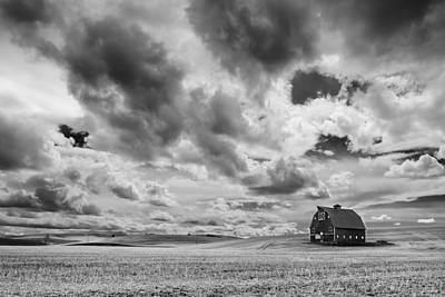 Lewiston Photograph - Farm Country by Ryan Manuel