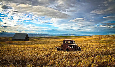 Photograph - Farm Field Pickup by Steve McKinzie